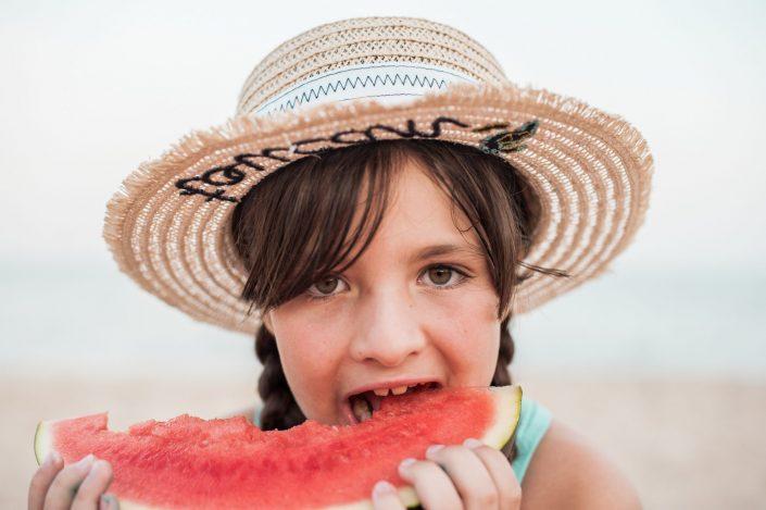 niña verano
